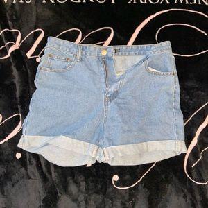 Boohoo blue shorts